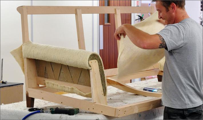 Сборка и ремонт мягкой мебели
